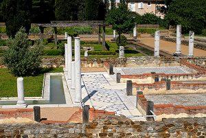 Maison aux Cinq Mosaiques jardin-Site archéologique de Saint-Romain-en-Gal
