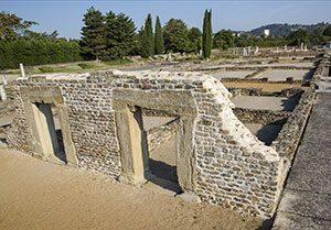 Les Petits Entrepôts-Site archéologique de Saint-Romain-en-Gal