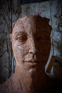 Tête-Nathalie Pouzet-Poterie des Chals